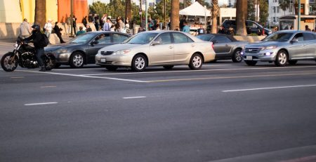 Newark, NJ – Car Crash with Injuries Reported on Mt Prospect Ave