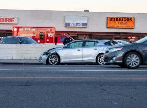 Newark, NJ – Car Crash on 4th Ave near McCarter Highway Injures Eight