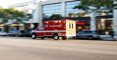 Newark, NJ – Four Injured in Car Crash on N Country Club Dr